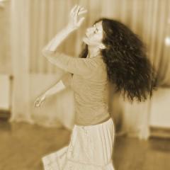 Lelia tanzt